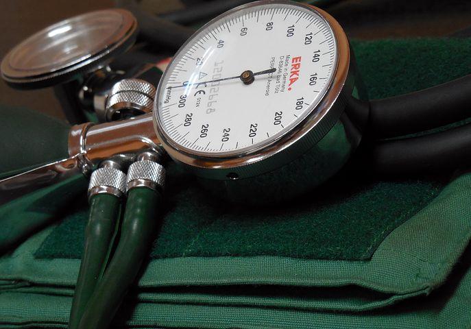 Podejście do pacjenta i dyskrecja lekarza – gdzie odnaleźć polecanego doktora?